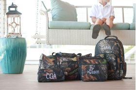 personalized lunch boxes and backpacks